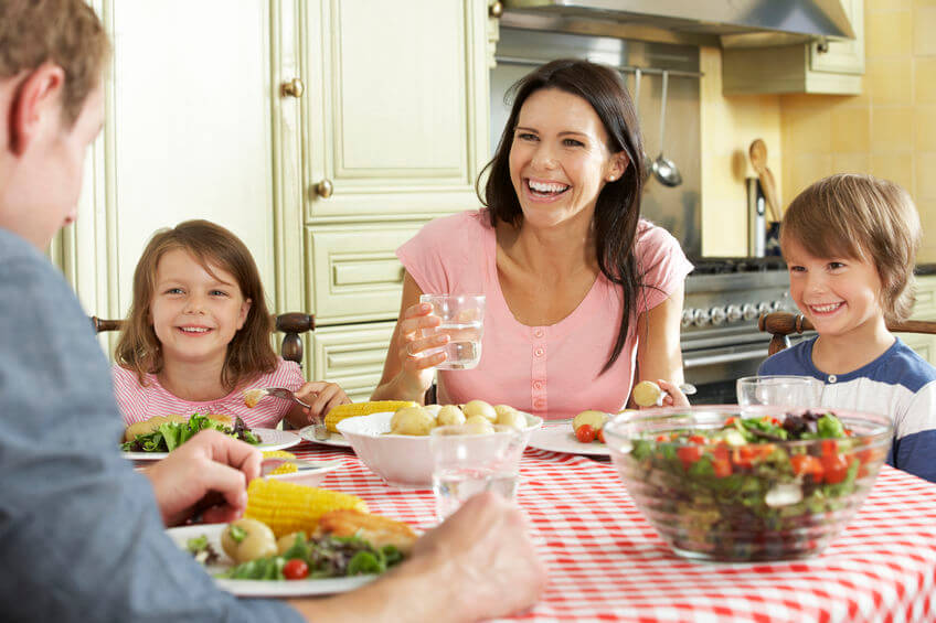 How Do I Get My Whole Family to Eat Healthier? (5 easy tips!)